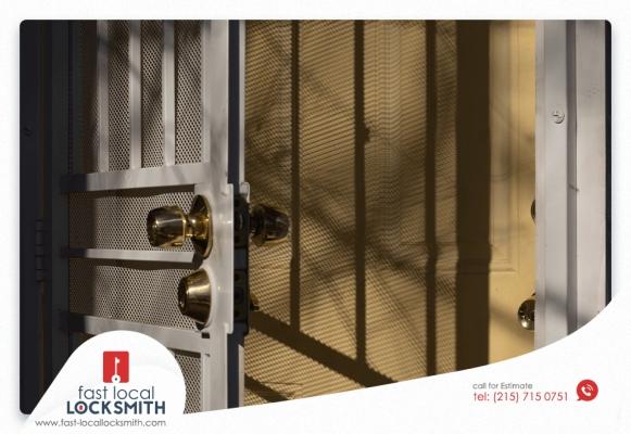 Philadelphia Locksmith on Front Door Security