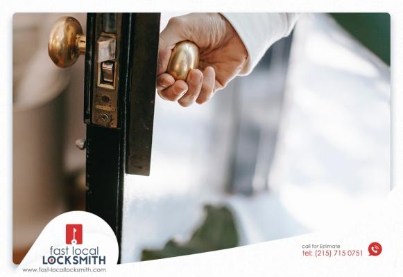 Locksmith Near Me to Solve Door Lock Problems